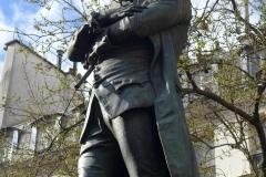statue beaumarchais